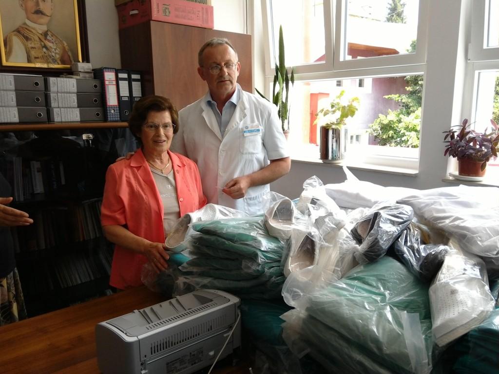 Un'immagine della donazione all'Ospedale Danilo °I diCetinje -Montenegro-, avvenuta il 3 luglio u.s.